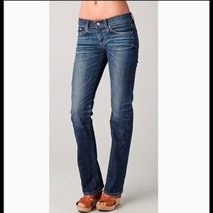 AG Tomboy Relaxed Straight Leg Size 27R